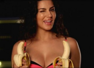 Sunny Leone's Latest Video 'APNE KELE RAKHEN IN THELEY'.