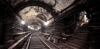 Metro 2, Under Moscow