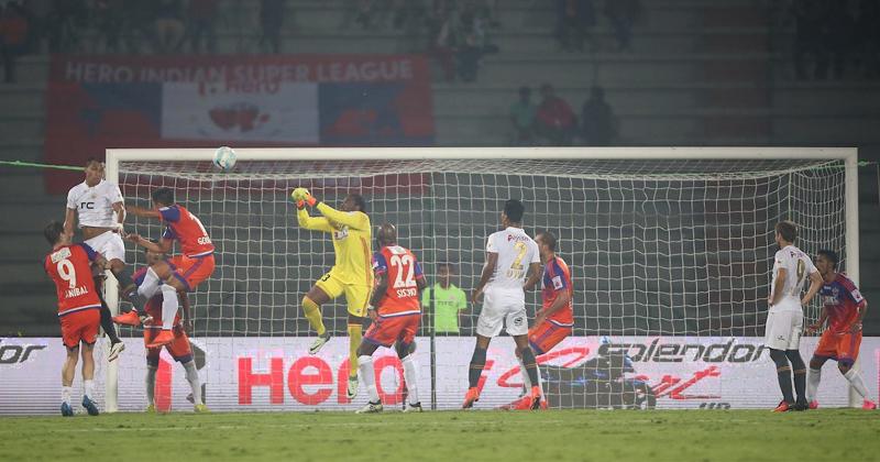 NorthEast United vs FC Pune City
