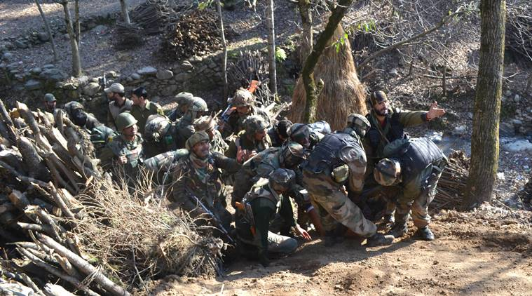 2 Soldiers Injured During Encounter With Militants in J&K and 5 Other Updates