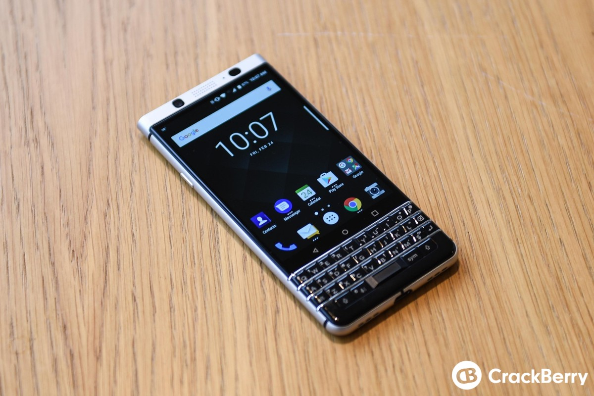 blackberry keyone design