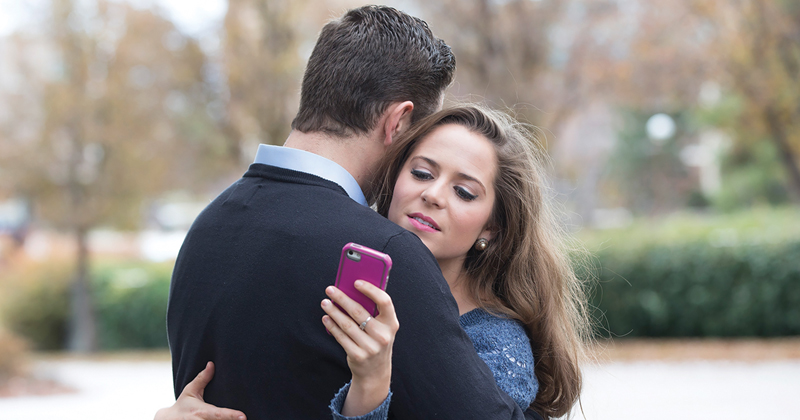 4 Things You Should Stop Doing If You Want Your Relationship To Last!