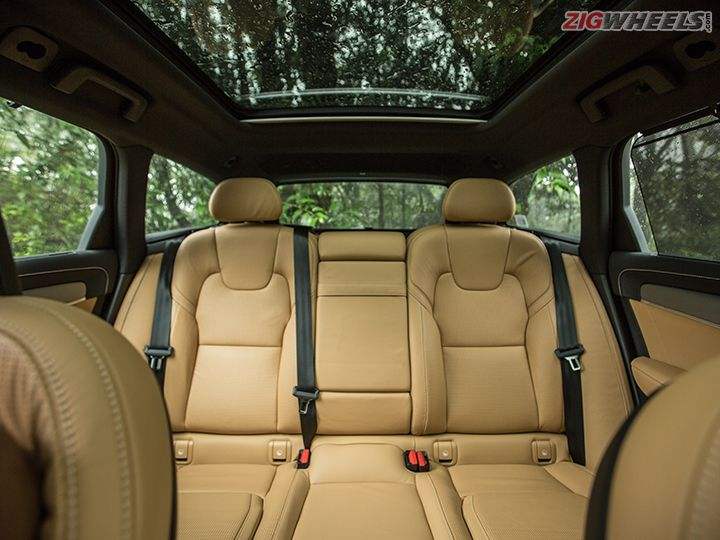 Volvo V90 Cross Country BACK SEAT
