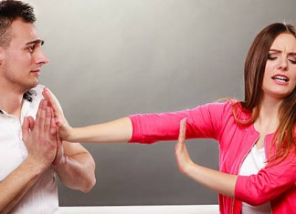 5 Common Relationship Mistakes Men Make All The Time!