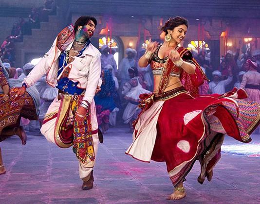 Ranveer Deepika Ramleela Garba
