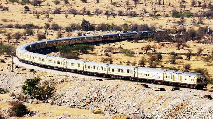 5 Beautiful Indian Train Journeys