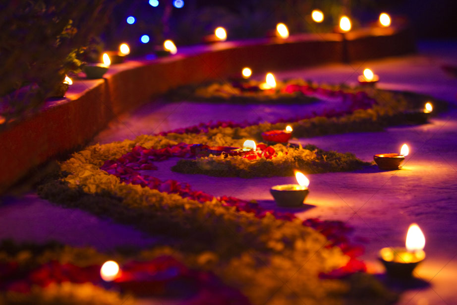 Diwali 2017 the festival of lights celebrated on a for Simple diwali home decorations