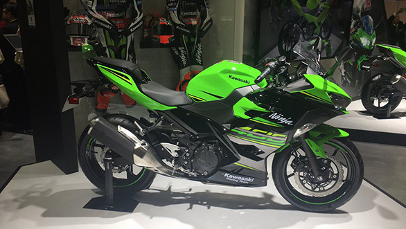 Kawasaki Ninja 400 Launched Price Specification And Features