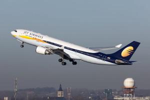 1280px-VT-JWG_A330_Jet_Airways_(6771663051)_(3)