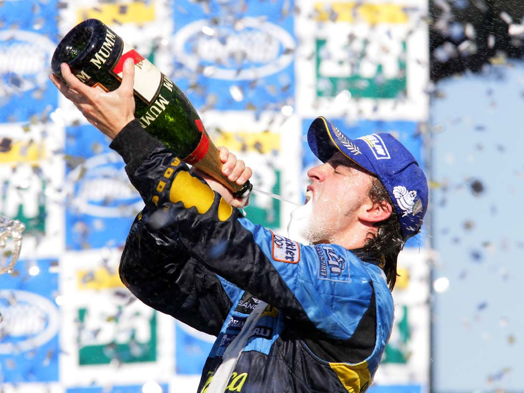 Alonso wins at Interlagos