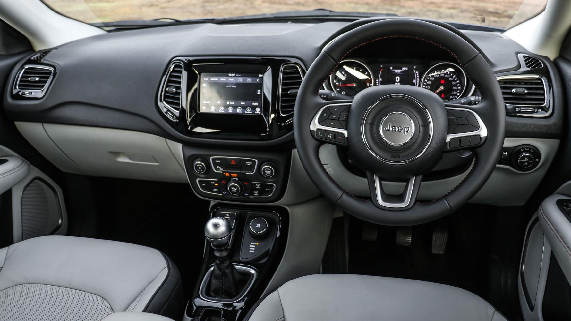 Jeep Compass interiors