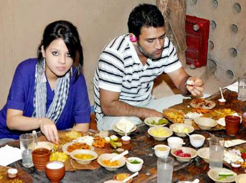 MS Dhoni Favorite foods are kababs, butter chicken with naan and chicken tikka pizza.