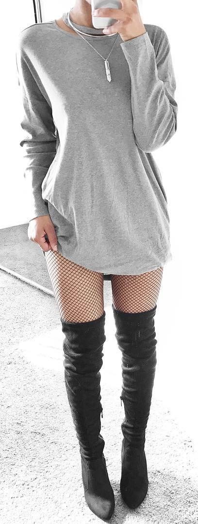 how to wear fishnets with dresses