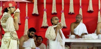 A 29-year-old IIT Grad Sanket Parekh Decided To Leave Everything & Will Take Jain Diksha Soon