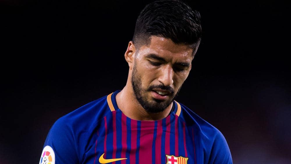 Luis Suarez struggles to perform