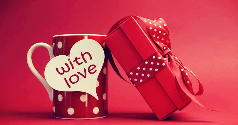 11 Valentine Gifts That Will Be Perfect For Her!