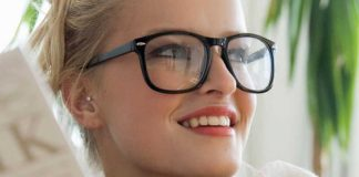 5 Eyeglass Hacks That Will Make Your Life A Lot Easier!