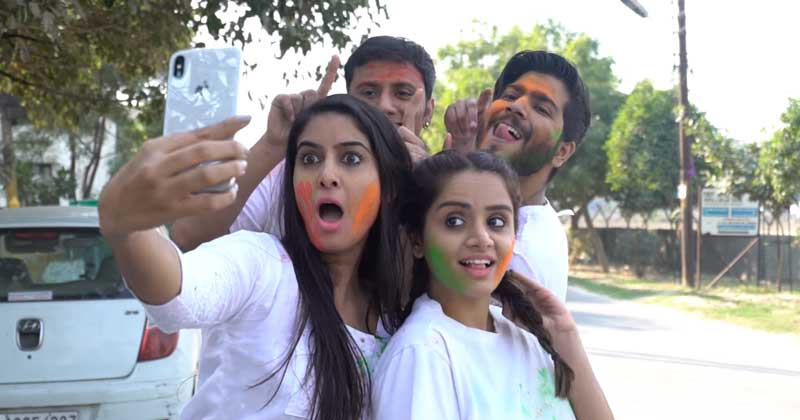 4 Tips To Protect Your Smart Phones On This Holi!