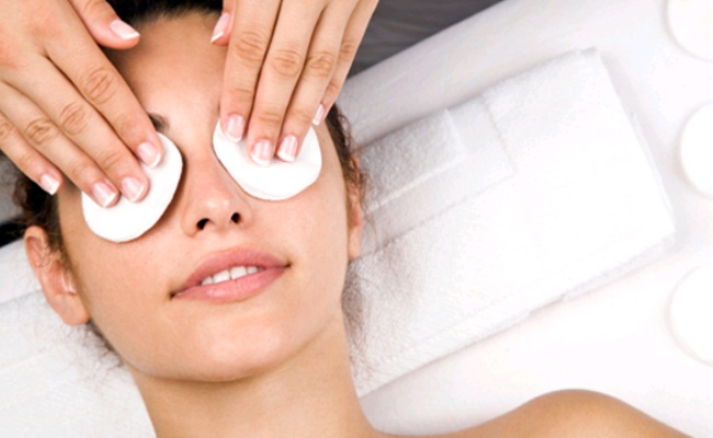 Cotton Dipped In Cold Milk for puffy eyes