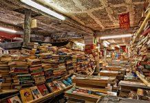 Library Acqua Alta venice
