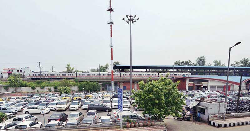 delhi metro parking