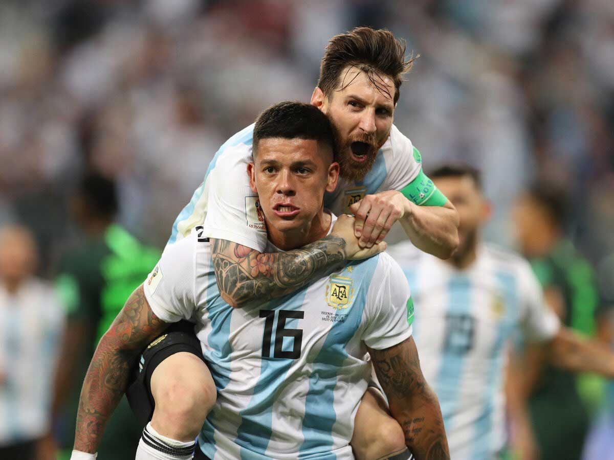 Messi And Rojo.jpg
