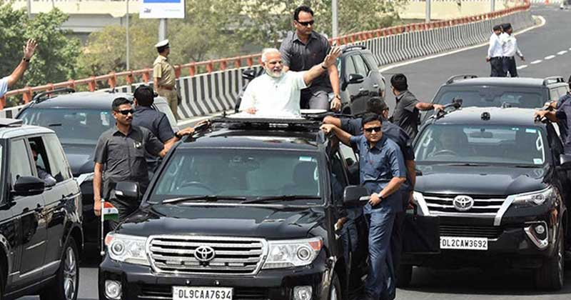 A security guard in Mumbai breeched past NSG security to telephone a threat call on Modi's life