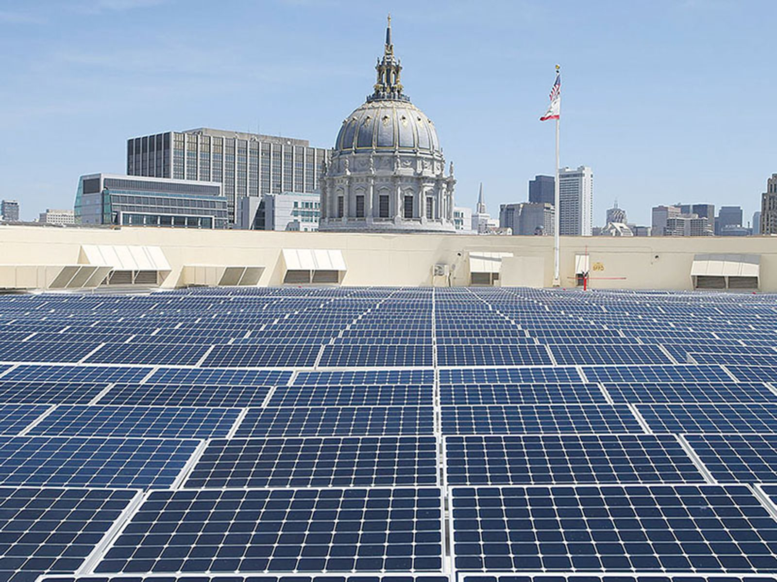 Some Iconic Or Landmark Buildings That Use Solar Power