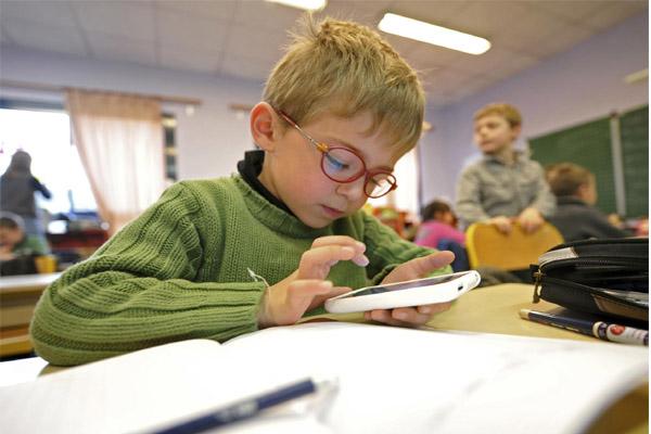 Children learning by social media