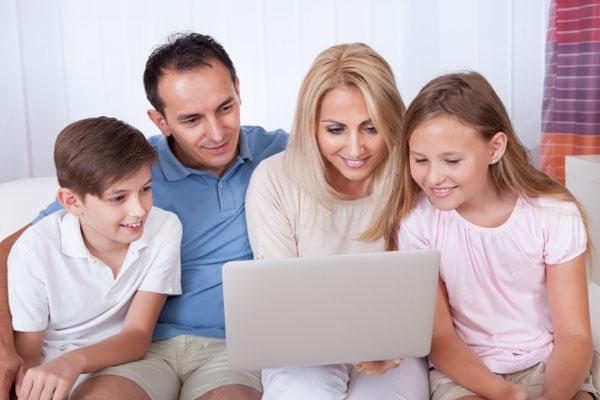 parents children on social media