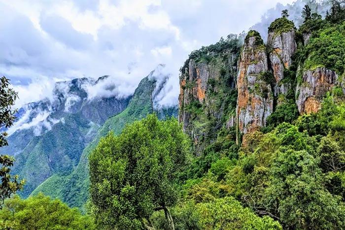 Pillar Rocks - Kodaikanal