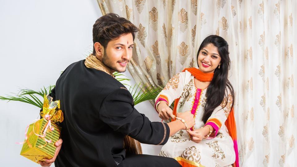 Raksha Bandhan 2020 | Rakhi Gifts For Married Sisters