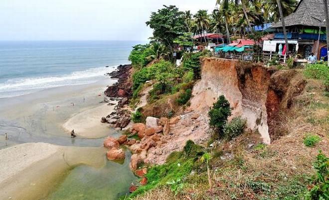 Varkala Cliff - Kerala