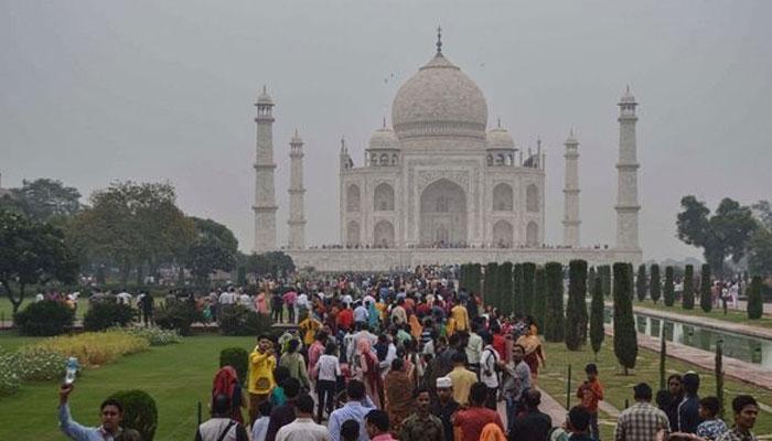 Air Pollution at Taj Mahal