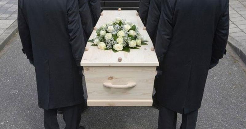 Bizarre funeral rite in the world