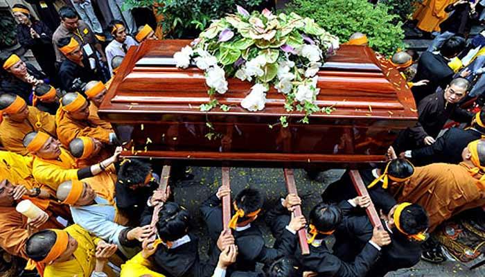 Buddhist Funeral (Tibet)