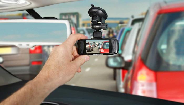 Dash cams in car