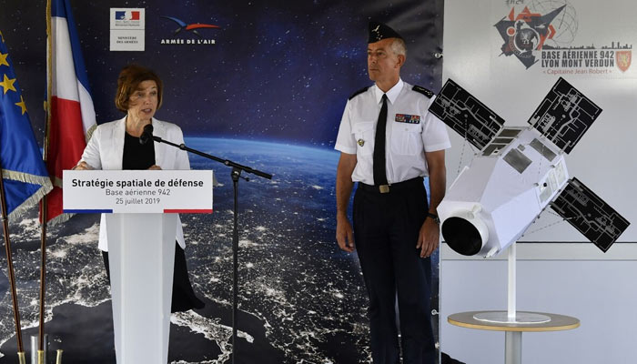 France plans military space command