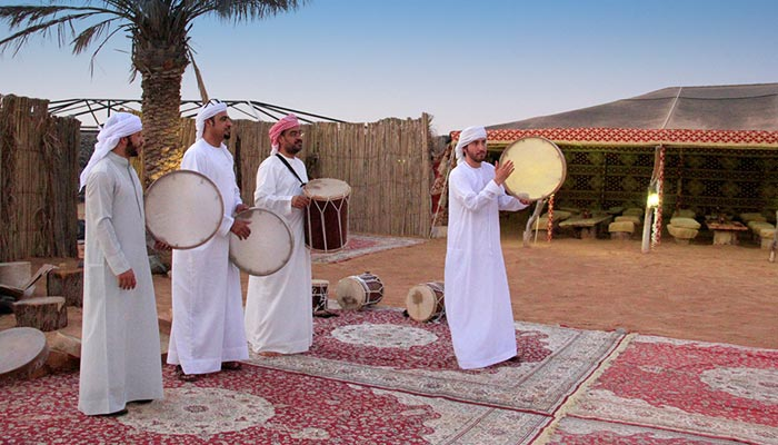 New Year's Eve's gift traditions in Dubai