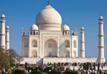 Taj Mahal's revenue