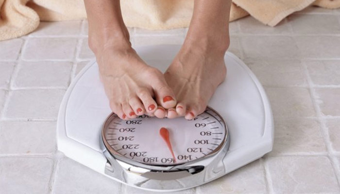 Weighing daily can reduce weight