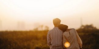 What Men Want In Woman | Couple