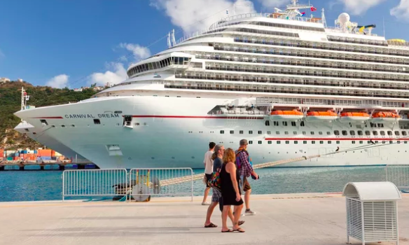 5 Things You Should Never Do On A Cruise