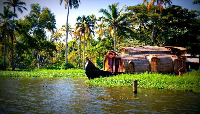 Best Holiday Destination In India- Kerala