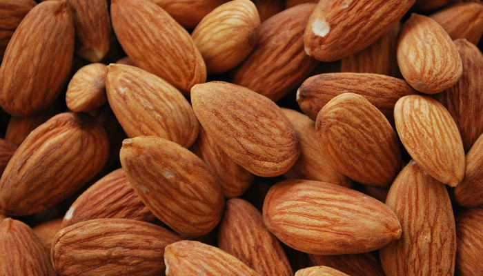 Best vegan sources of protein- Almonds