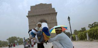temperature in Delhi in April