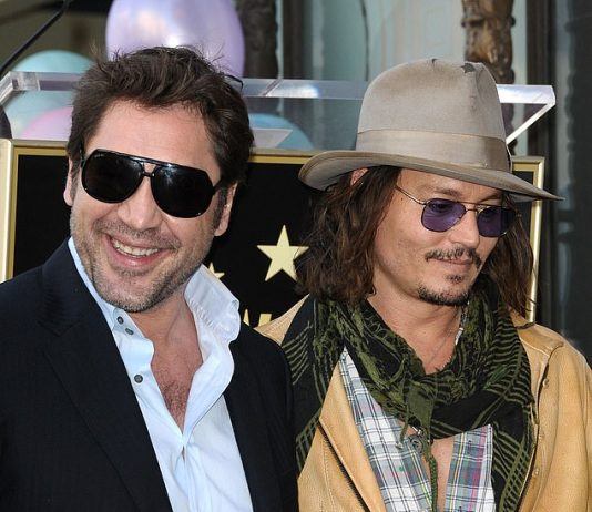 Javier Bardem supports Johnny Depp