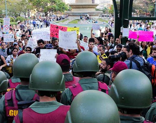 Why Is Venezuela In Crisis