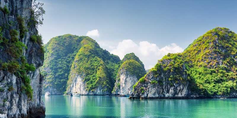 Ha Long Bay | Natural Wonders of The World