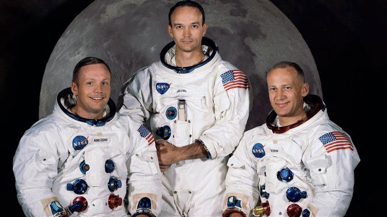 Apollo moon mission officials